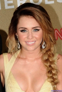 Miley Cyrus - Poster / Capa / Cartaz - Oficial 8