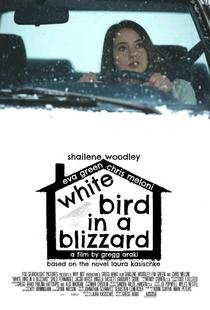 Pássaro Branco na Nevasca - Poster / Capa / Cartaz - Oficial 3