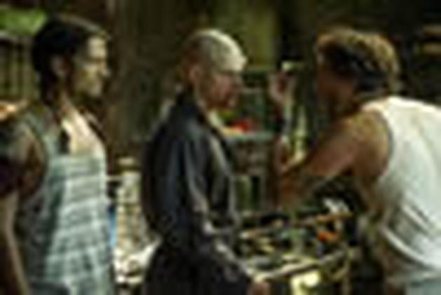 Wagner Moura e Alice Braga aparecem ao lado de Matt Damon nas novas imagens de Elysium