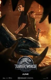 Jurassic World: Reino Ameaçado - Poster / Capa / Cartaz - Oficial 8