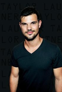 Taylor Lautner - Poster / Capa / Cartaz - Oficial 3