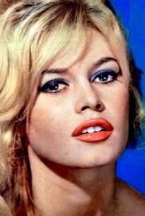 Brigitte Bardot - Poster / Capa / Cartaz - Oficial 31