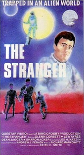 Stranded in Space - Poster / Capa / Cartaz - Oficial 1