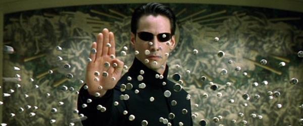 Equipe de 'Matrix 4' busca seus direitos após intervalo de produção