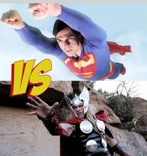 Superman vs. Thor - Poster / Capa / Cartaz - Oficial 1