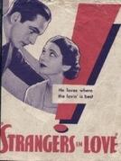 A Volta do Deserdado (Strangers in Love)