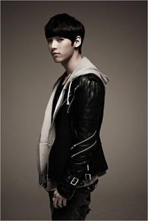 Lee Min Hyuk - Poster / Capa / Cartaz - Oficial 3