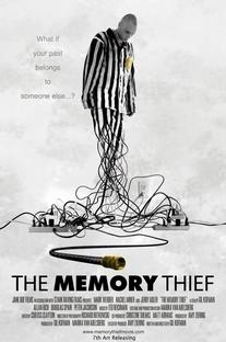 O Ladrão de Memórias - Poster / Capa / Cartaz - Oficial 1