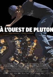 À Oeste de Plutão - Poster / Capa / Cartaz - Oficial 1