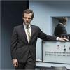 """Trailer de """"Experimenter"""", filme com Winona Ryder e Peter Sarsgaard – Película Criativa"""