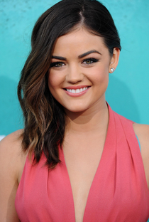 Lucy Hale - Poster / Capa / Cartaz - Oficial 1