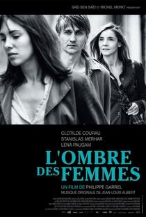 À Sombra de Duas Mulheres - Poster / Capa / Cartaz - Oficial 1