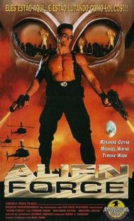 Alien Force - Poster / Capa / Cartaz - Oficial 1