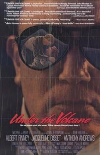 À Sombra do Vulcão - Poster / Capa / Cartaz - Oficial 1