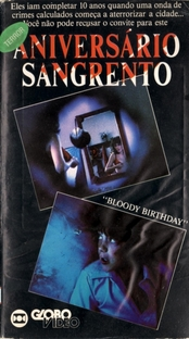 Aniversário Sangrento - Poster / Capa / Cartaz - Oficial 9