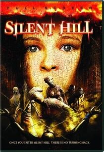 Terror em Silent Hill - Poster / Capa / Cartaz - Oficial 11