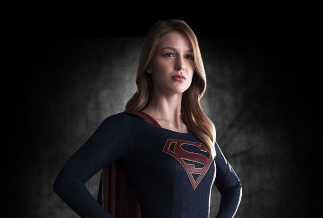 """CBS oficializa """"Supergirl"""" para a próxima temporada"""