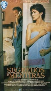 Segredos e Mentiras - Poster / Capa / Cartaz - Oficial 1