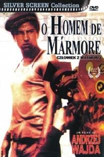 O Homem de Mármore - Poster / Capa / Cartaz - Oficial 4
