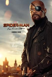 Homem-Aranha: Longe de Casa - Poster / Capa / Cartaz - Oficial 14