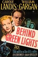 Audácia de Criminoso (Behind Green Lights)