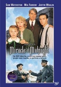 Um milagre à meia-noite - Poster / Capa / Cartaz - Oficial 1