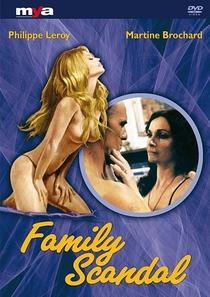 Family Scandal - Poster / Capa / Cartaz - Oficial 1