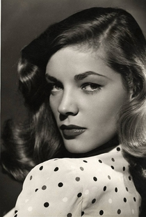 Lauren Bacall - Poster / Capa / Cartaz - Oficial 4