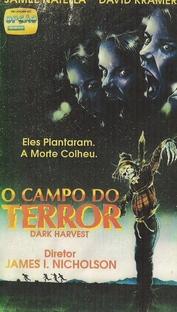 O Campo do Terror - Poster / Capa / Cartaz - Oficial 3