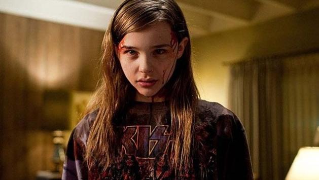 """Novo trailer de """"Carrie, A Estranha"""" está on line"""