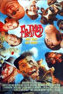 Freaklândia: O Parque dos Horrores - Poster / Capa / Cartaz - Oficial 5