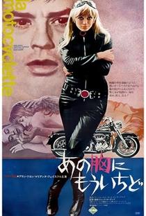 A Garota da Motocicleta - Poster / Capa / Cartaz - Oficial 11