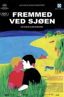 Um Estranho no Lago - Poster / Capa / Cartaz - Oficial 15