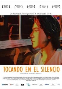 Tocando no Silêncio - Poster / Capa / Cartaz - Oficial 1