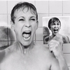 "Jamie Lee Curtis recria cena famosa de sua mãe no filme ""Psicose"", de Alfred Hitchcock – Película Criativa"