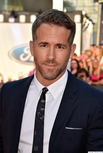 Ryan Reynolds - Poster / Capa / Cartaz - Oficial 2