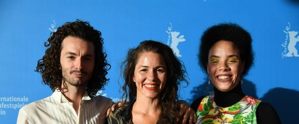 Espero Tua (Re)volta tem recepção calorosa em première do Festival de Berlim