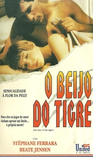 O Beijo do Tigre - Poster / Capa / Cartaz - Oficial 1
