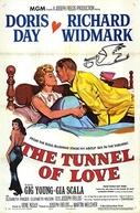 O Túnel do Amor (The Tunnel of Love)