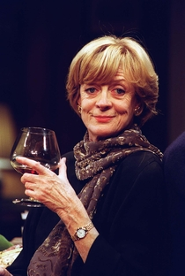 Maggie Smith - Poster / Capa / Cartaz - Oficial 5