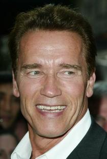 Arnold Schwarzenegger - Poster / Capa / Cartaz - Oficial 13