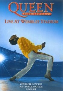Queen at Wembley - Poster / Capa / Cartaz - Oficial 1
