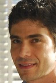 Lucci Ferreira