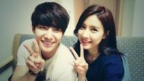 We got Married Season 4: Song Jae Rim and Kim So Eun - Poster / Capa / Cartaz - Oficial 1