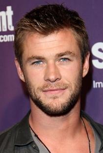 Chris Hemsworth - Poster / Capa / Cartaz - Oficial 9