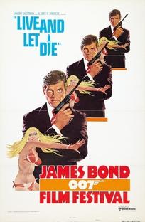 Com 007 Viva e Deixe Morrer - Poster / Capa / Cartaz - Oficial 4