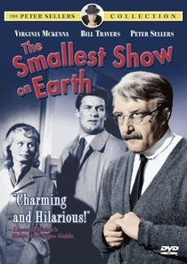 The Smallest Show on Earth - Poster / Capa / Cartaz - Oficial 1