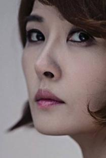 Kim Sun Ah - Poster / Capa / Cartaz - Oficial 2