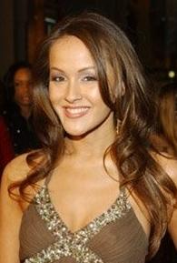 Crystal Lowe (I)