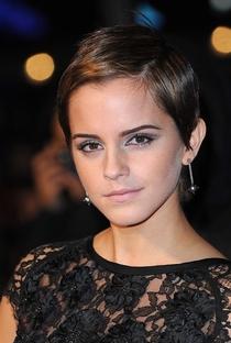 Emma Watson - Poster / Capa / Cartaz - Oficial 11